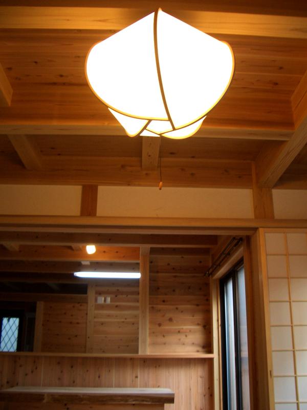 生野勝山 KD邸 リビングの照明