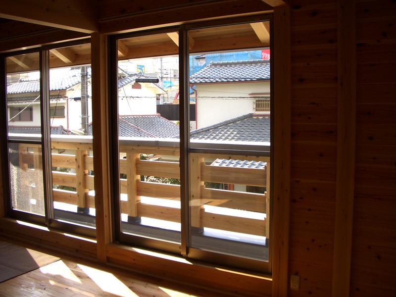 富田林寺池台 I邸 リビングに面したバルコニー