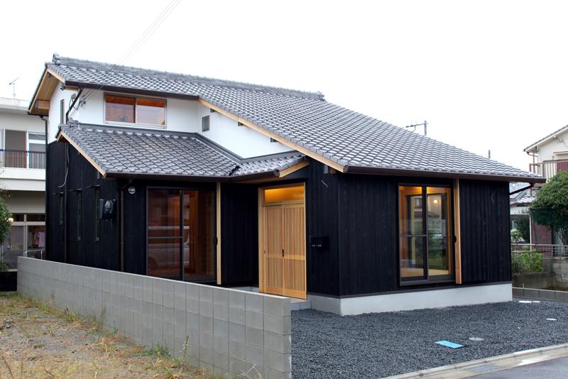 和歌山市内原 N邸『大屋根の家』 外観02