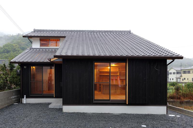 和歌山市内原 N邸『大屋根の家』 外観03