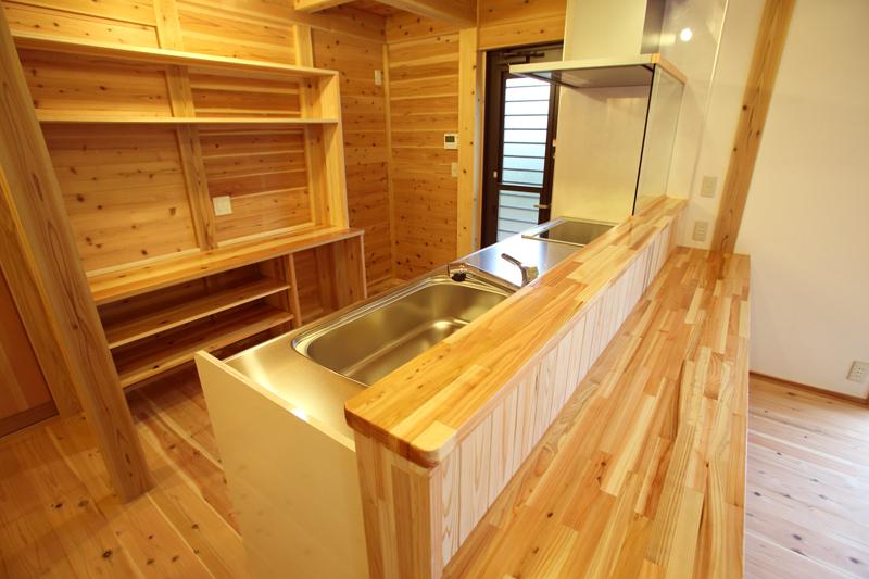 和歌山市内原 N邸『大切妻屋根の家』 キッチン
