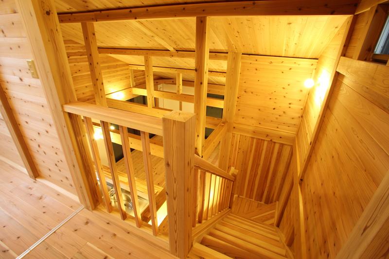 和歌山市内原 N邸『大屋根の家』 2階 吹き抜け