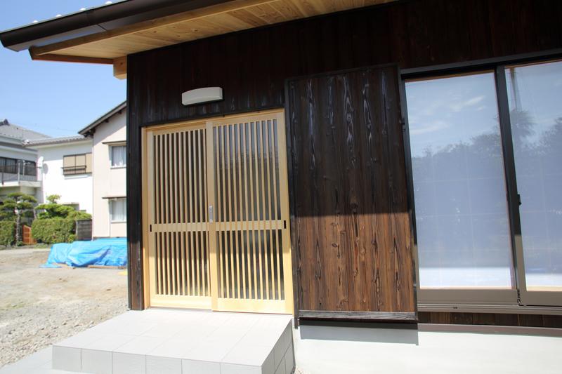 和歌山九度山 S邸『自然を感じる無垢の家』 玄関