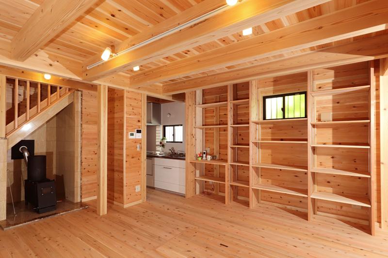 和歌山九度山 S邸『自然を感じる無垢の家』 1F リビング