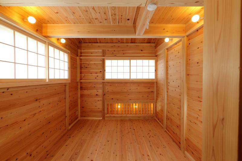 和歌山九度山 S邸『自然を感じる無垢の家』 2F洋室