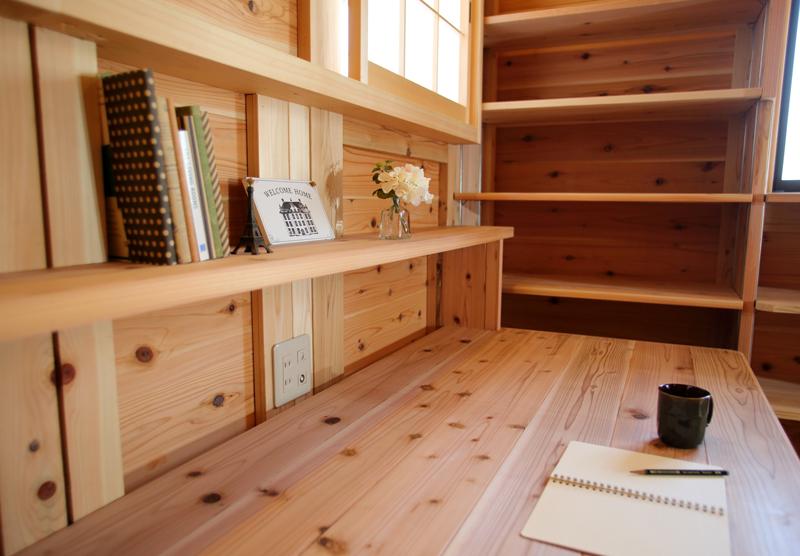 和歌山九度山 S邸『自然を感じる無垢の家』 2Fアトリエ