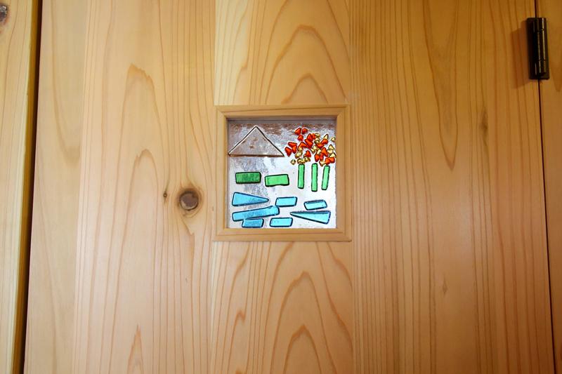 和歌山九度山 S邸『自然を感じる無垢の家』 お施主様手作りのガラスクラフト。